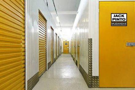 Empresa de Mudanzas en Beuda, Girona 10